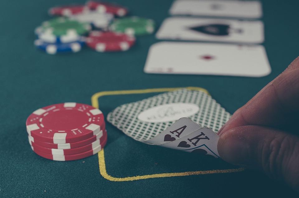 uzaleznienie od hazardu Jak rozpoznać nałogowego hazardzistę?