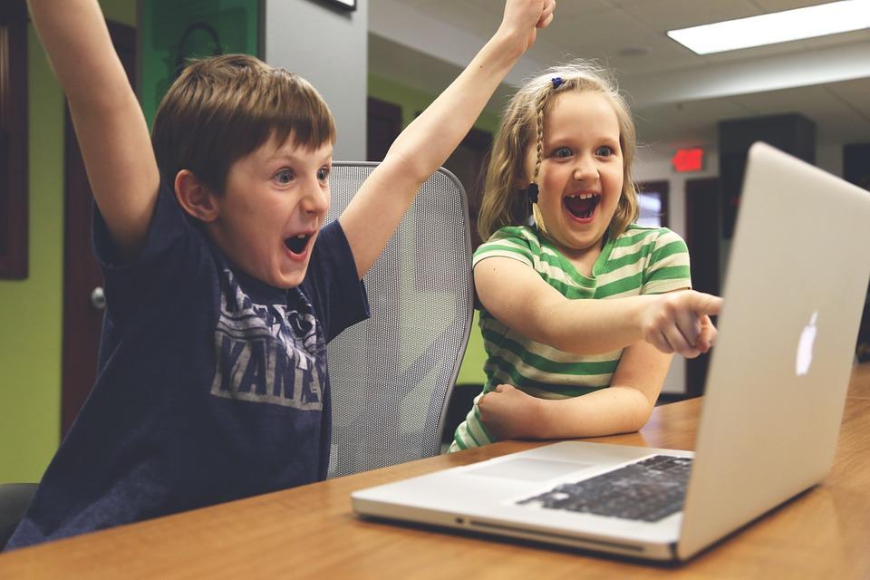 zagrozenia czyhajace na dzieci w internecie sieci 6 największych zagrożeń czyhających na dzieci w internecie