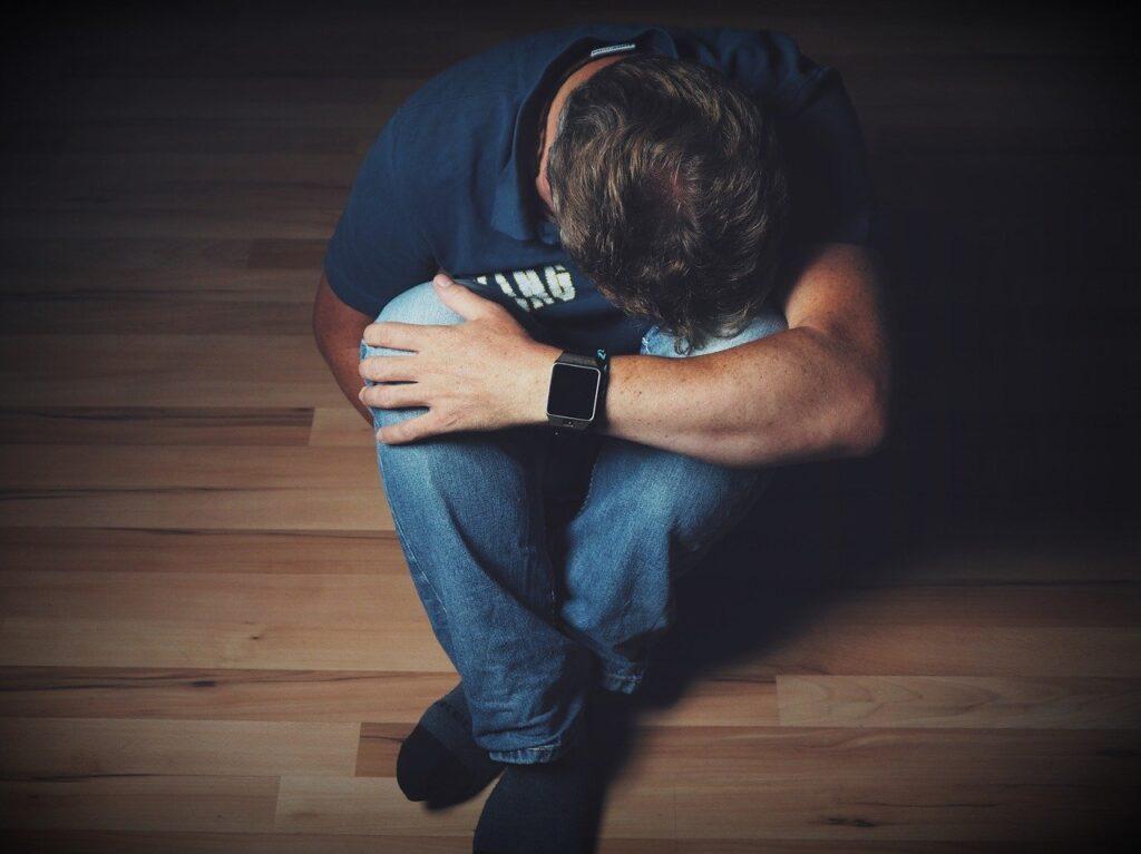 Czym jest i jakie są objawy depresji alkoholowej?